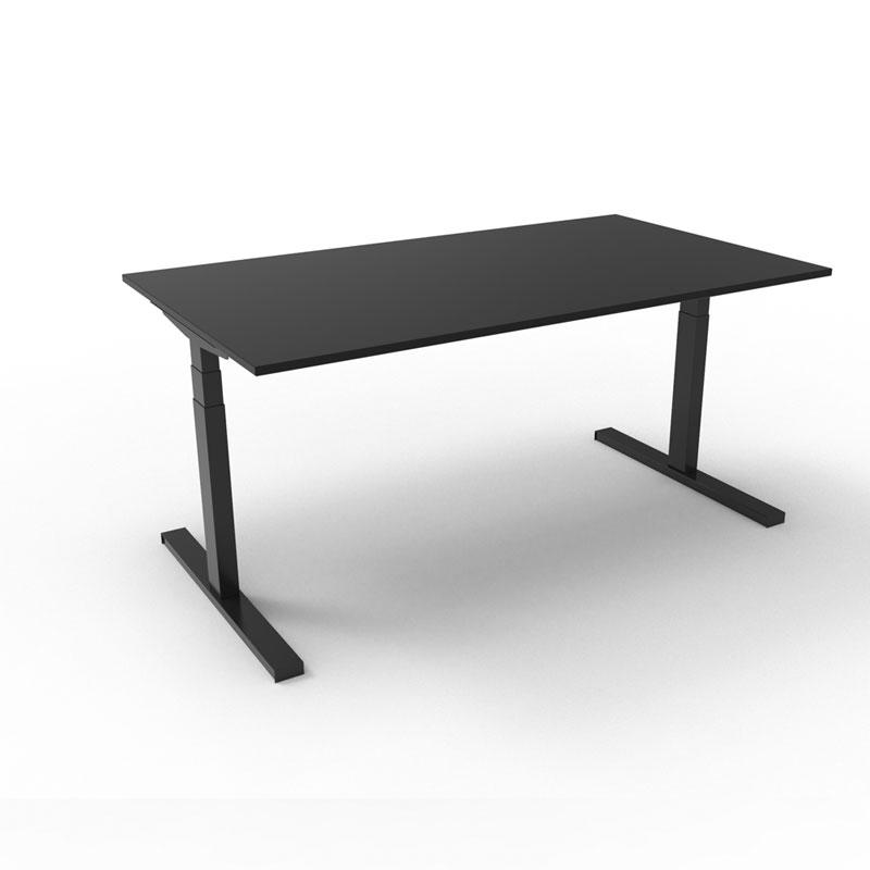 Klimeubel-zwart-zit-sta-bureau